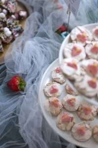 Kakkumuijan gluteenitoomat täytekakut